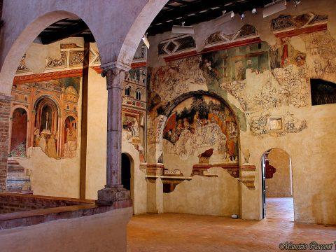 Palazzo Trinci - Cortile